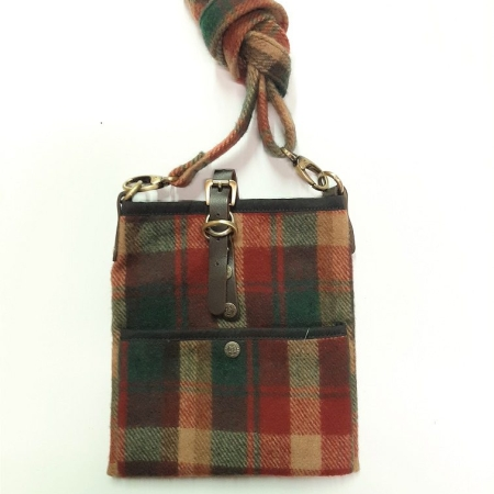 Dark Maple Islay Bag